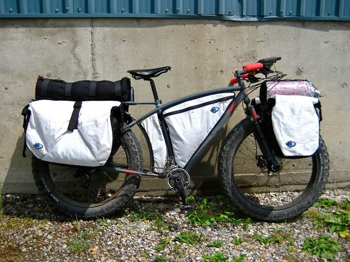 Scott's bike fully loaded - the amazing thing is that he's got all this in a standard Qantas bike box! (photo: Scott Felter)
